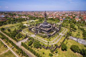 Denpasar Hauptstadt von Bali, Zentrum und Parkanlage mit Bajra Sandhi Monument